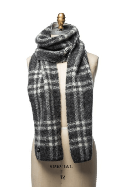 Grey and white checkered men´s wool scarf