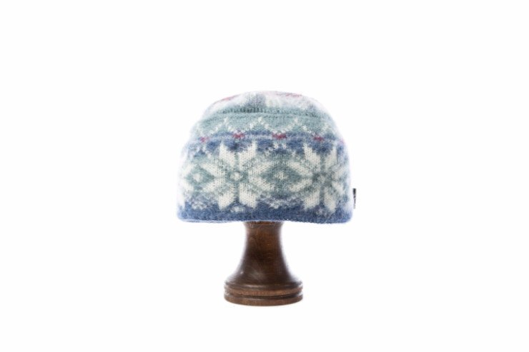 Light blue and green brushed wool ladies hat with white and pink nordic patter