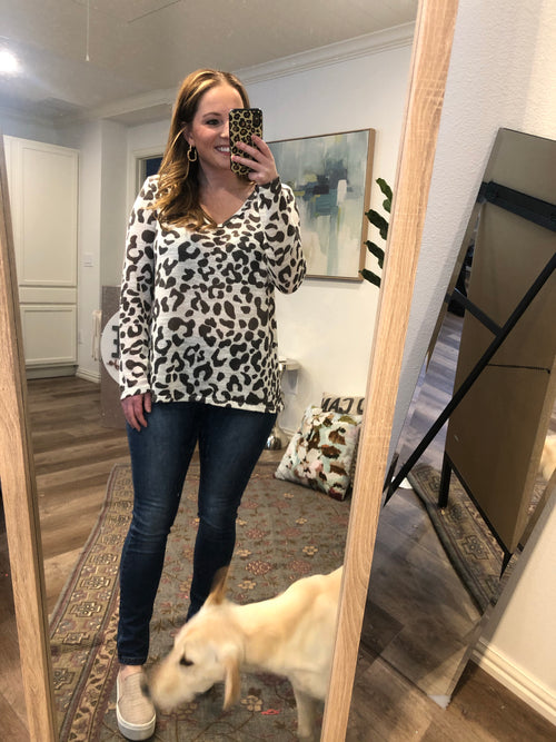 Off White Leopard Thermal