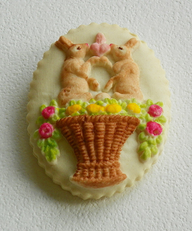 How to paint 🌺 Easter🌺 Springerle cookies with gel paints tutorial