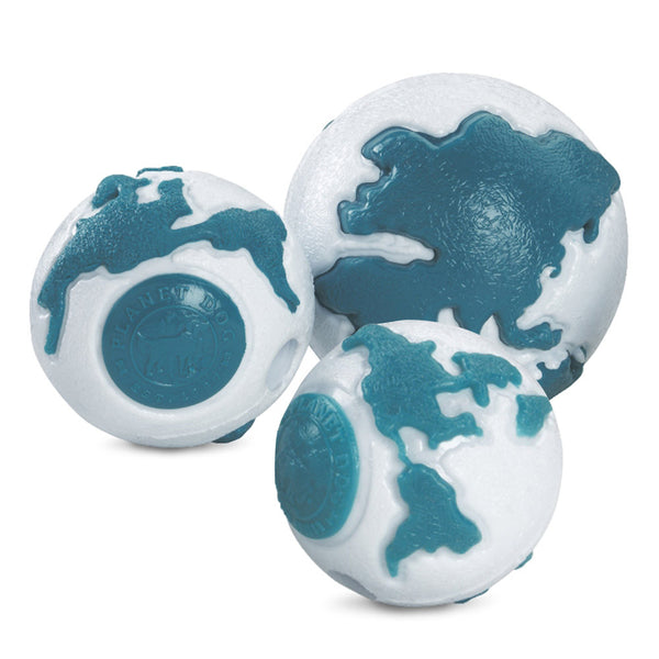 The Old Soul ball is made from the award-winning Orbee-Tuff material, which is 100% recyclable and non-toxic. Toy is made specifically for senior dogs. The high contrasting colors and natural mint oil makes it easy to find. Ball is durable, bouncy, buoyant, and perfect for tossing, fetching, and bouncing.