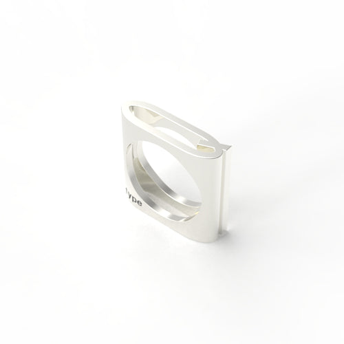TYPE - Alphabet Ring / Q