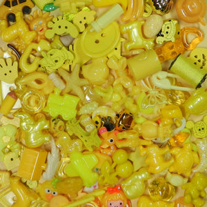 YELLOW color sorted trinkets (20)