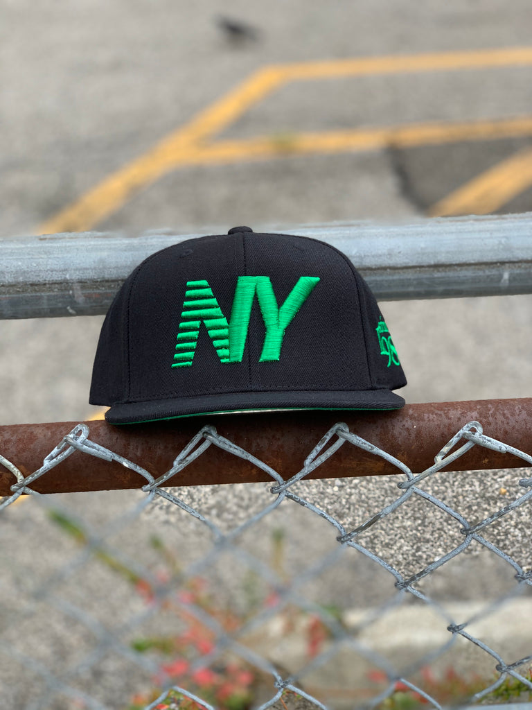 Black x Kelly Green NY Balance Snapback