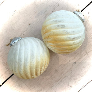 Glass Christmas Bauble Medium Neutral Gold