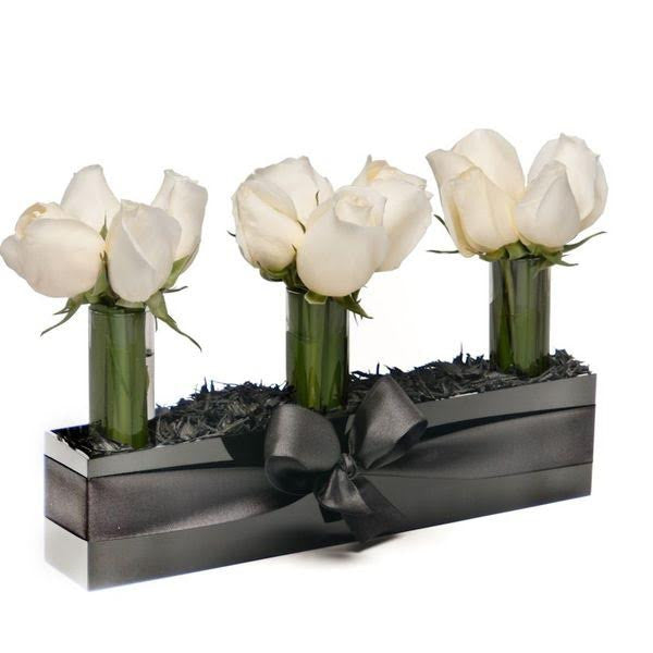 Extravagance - White - The Shop Flowers