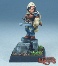 Female Dwarf Rogue Miniature