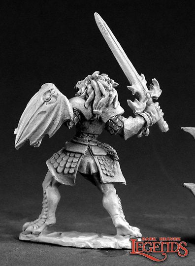 Dark Heaven Legends Female Dragonborn Paladin 3403 25mm