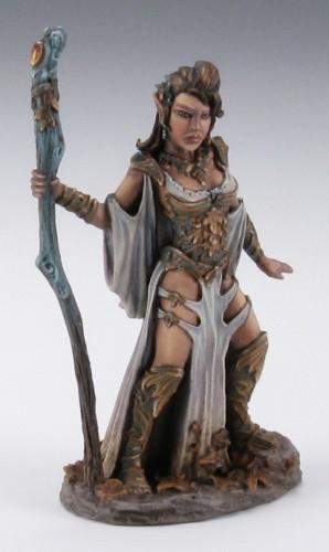 Miniatures Elf Druid Female