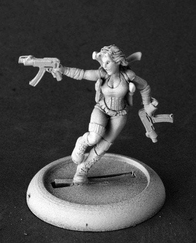 Chronoscope Miniatures Bonnie Futuristic Heroine 50210