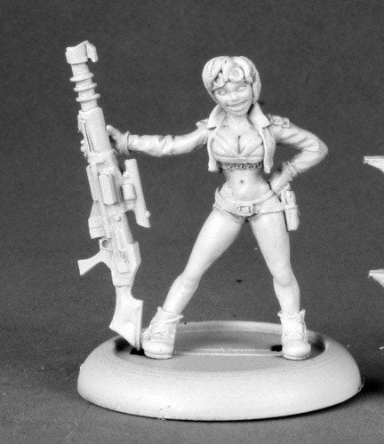 Chronoscope Miniatures Gretha Female Sniper 50156