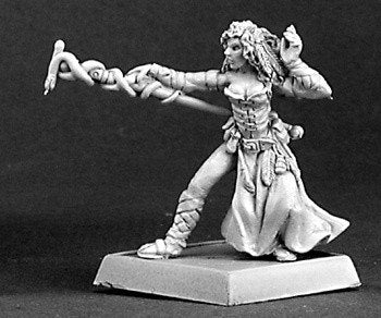 Reaper Miniatures Mercenaries Mage 14330