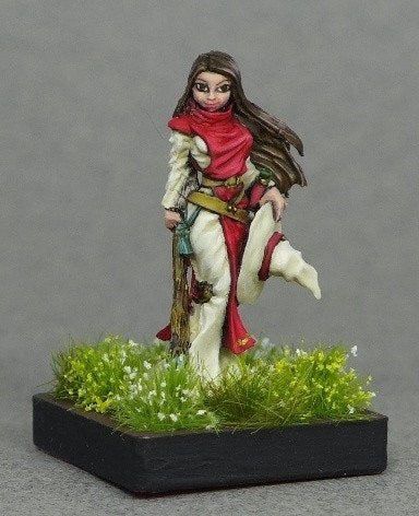 Reaper Miniatures Willow Green Ivy Witch 3682