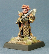Reaper Miniatures Female Gnome Paladin 3689