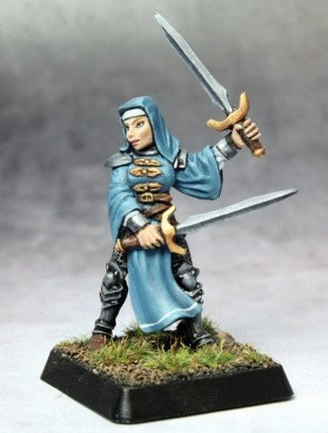 Reaper Miniatures Battle Nun Crusader 14672