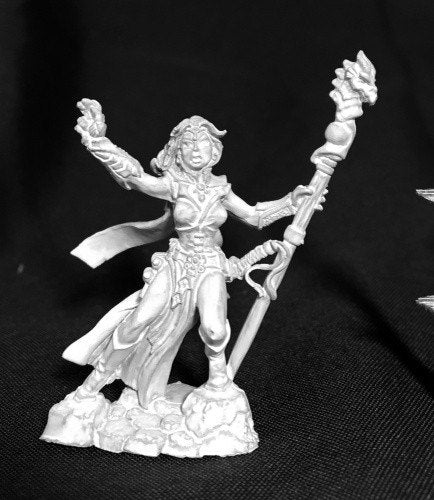 Reaper Miniatures Andriessa Female Wizard 3734