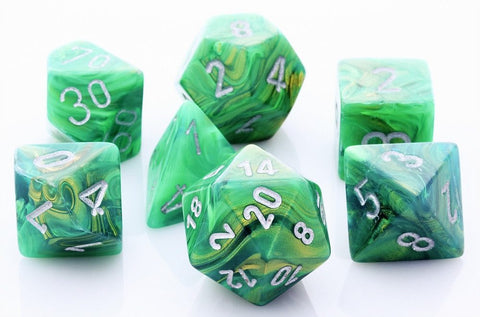 Lustrous Dice Green