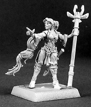 Reaper Miniatures Sielendria Female Mage 14335