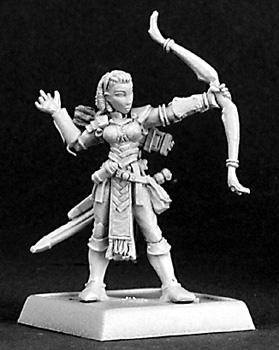 Reaper Miniatures Bowsister Female Fighter 14321