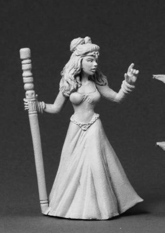 Reaper Miniatures Tinley Female Wizard 3563