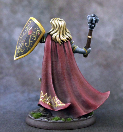 DSM7324 Female Cleric With Mace And Shield