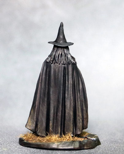Dark Sword Miniatures (DSM7334 Old Crone Witch With Cat) 28mm