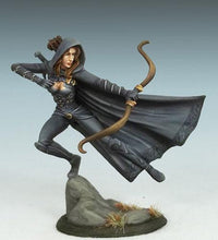 RPG Miniatures Female Thief Assassin