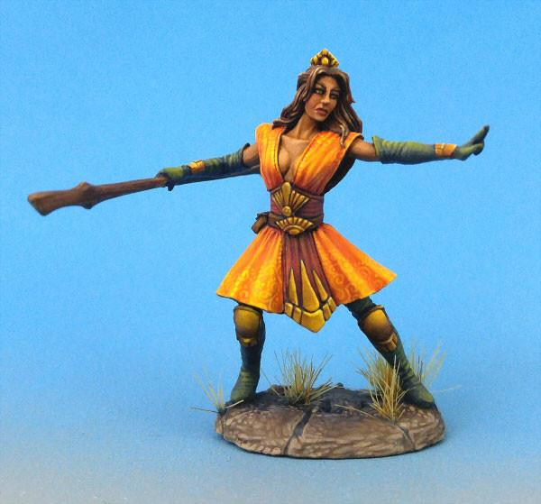 Dark Sword Miniatures DSM7460 Female Mystic