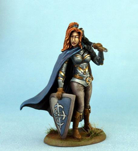 Dark Sword Miniatures DSM7468 Female Warrior