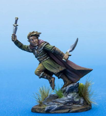 Dark Sword Miniatures DSM7478 Halfling Rogue