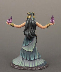 DSM7623 Female Mage