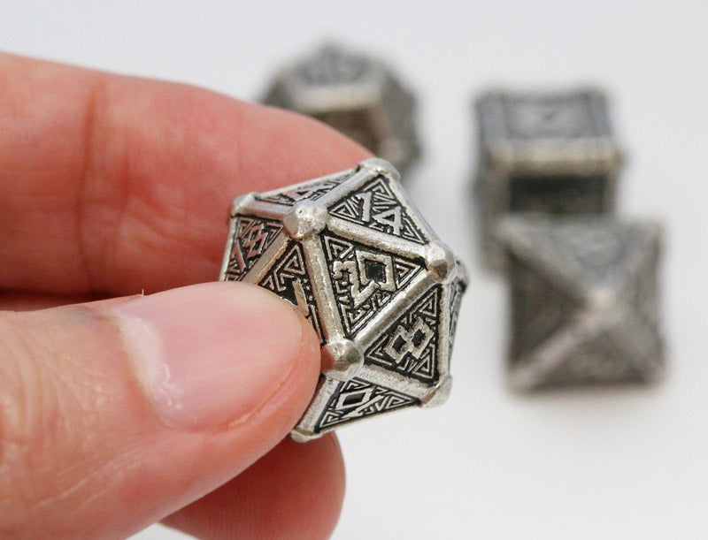Metal Mythical Dice Q-Workshop
