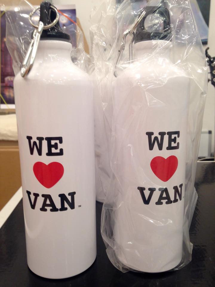 WE LOVE VAN Water Bottle
