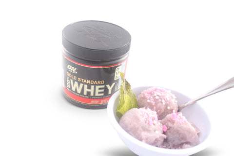 ON Gold Standard blueberry cheesecake whey protein isolate protein powder as an ice cream like dessert.