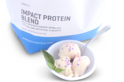 MyProtein IMPACT PROTEIN BLEND vanilla as an ice cream like dessert!