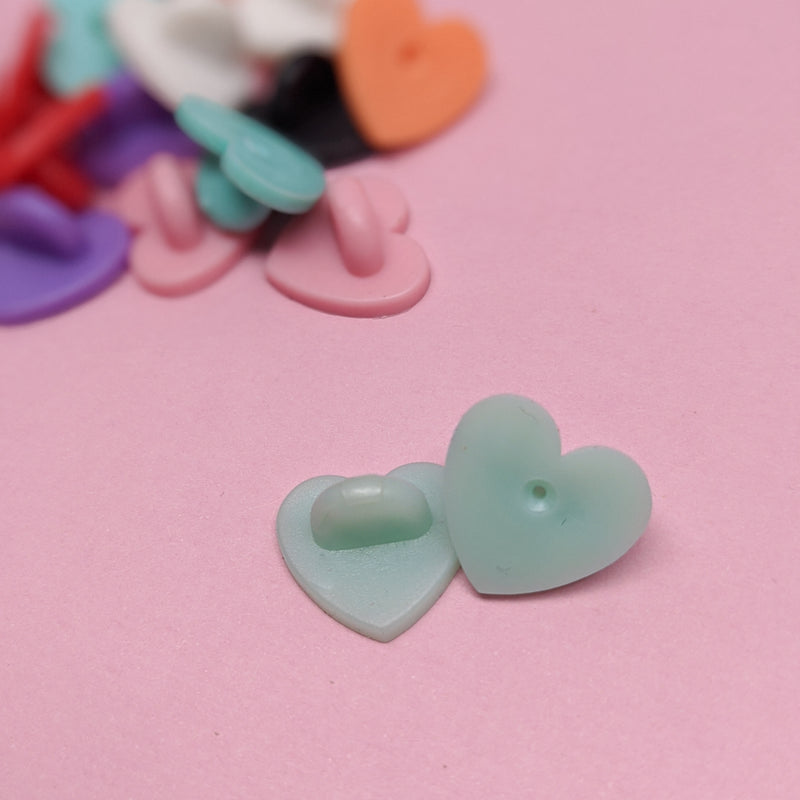 Small Heart Pinbacks (6)