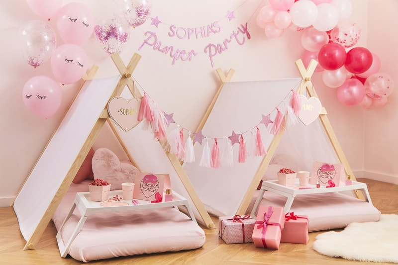 pamper party decorations