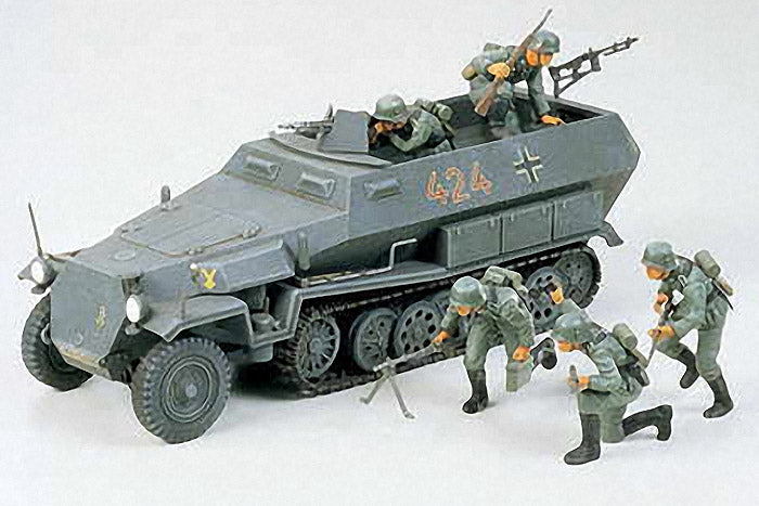 German Hanomag Sdkfz 251/1 (1/35 Scale)