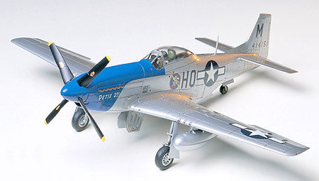 North American P-51D Mustang™ 8th Air Force (1/48 Scale)