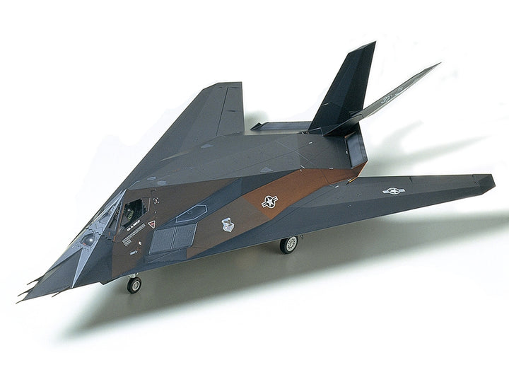 F-117A Nighthawk (1/48 Scale)