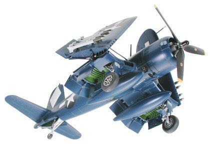 "Vought F4U-1D Corsair® w/""Moto-Tug"" (1/48 Scale)"