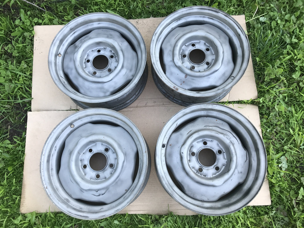 "426 Hemi JK Code Steel Wheels 15x6"" 1968-69 Mopar ID, Pics, and Info"