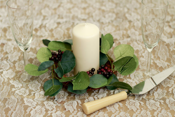 Green leaves centerpiece with candle
