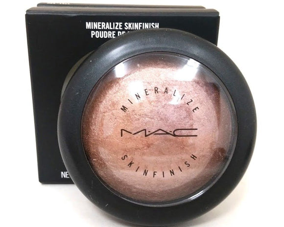 MAC Mineralize Skinfinish Highlighter (Soft and Gentle) Full Size Original Version - FragranceAndBeauty.com