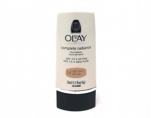 Oil of Olay Complete Radiance Foundation SPF 15 (Select Color) Full Size - FragranceAndBeauty.com