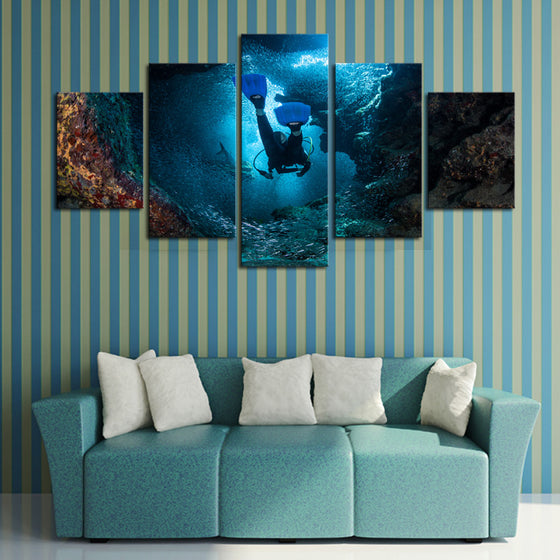 SCUBA Diving - 5 Panel Canvas
