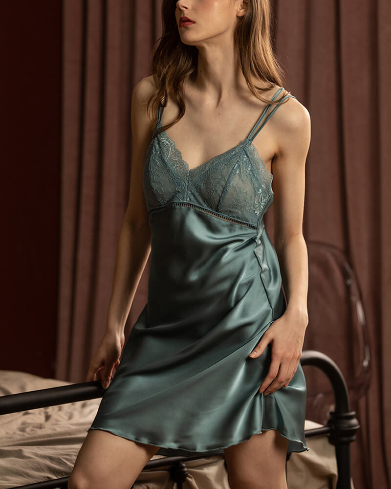 Lace Satin Condole Belt Nightgown