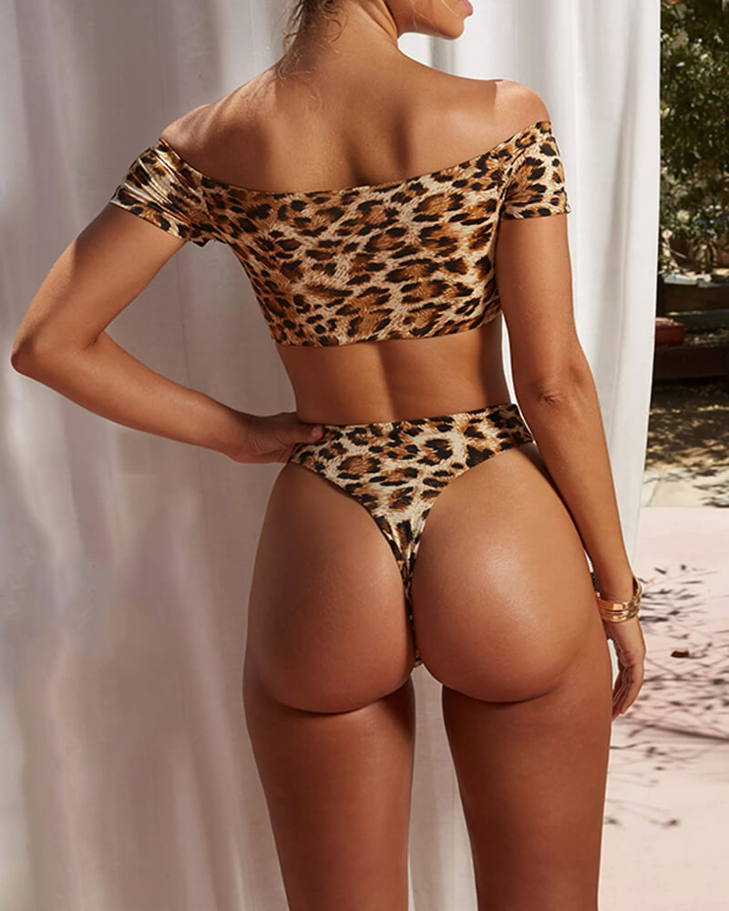 Leopard Print Drop Shoulder Design Bikini Suit