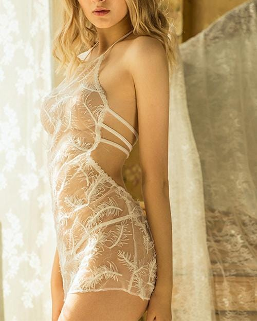 Lovely Lace With White Feathers