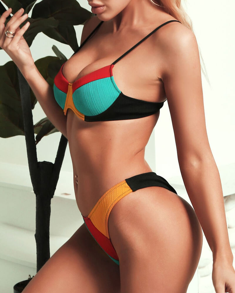 Multicolor Matching Underwire Swimwear